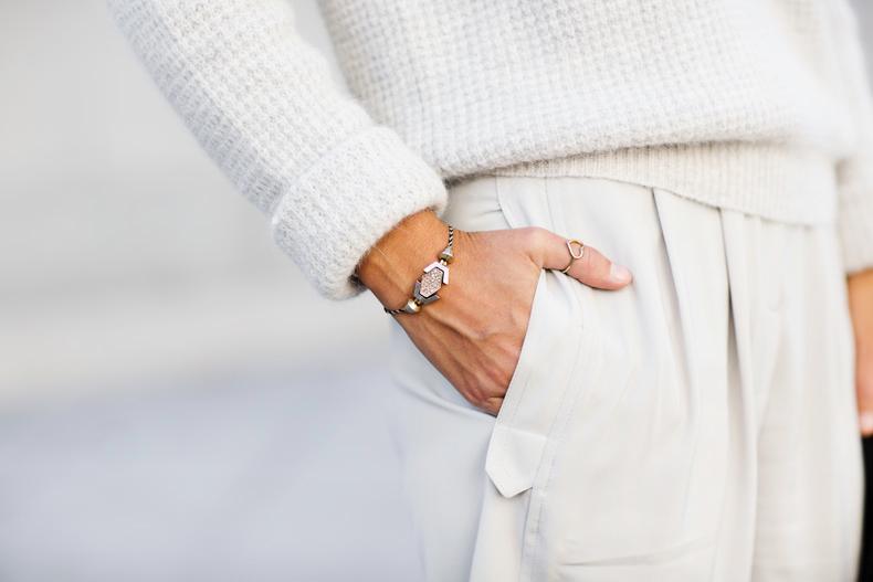 Come abbinare pantaloni bianchi in estate