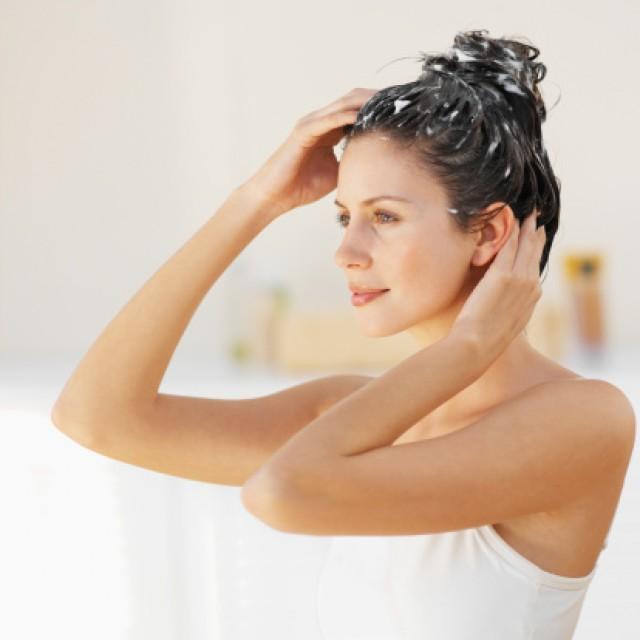 Ricetta shampoo naturale fai da te per i capelli sfibrati
