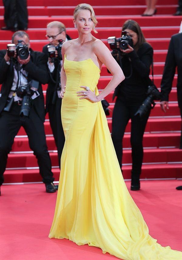 I vestiti più belli di Charlize Theron