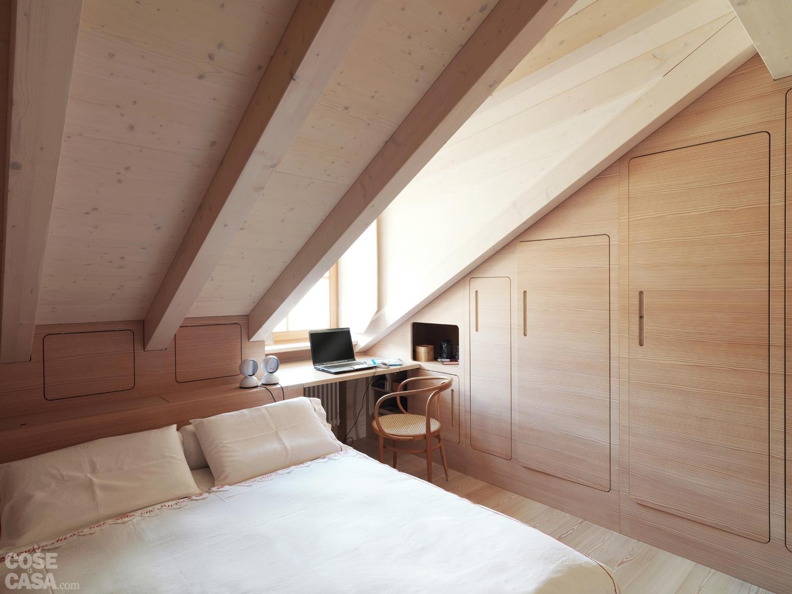Come ricavare cabina armadio da tetto mansardato