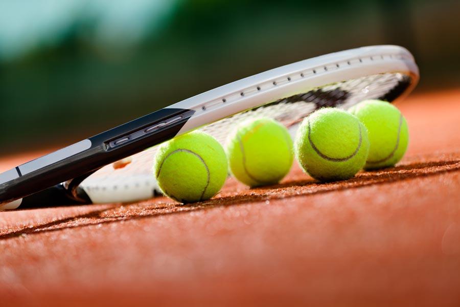 Cosa bisogna fare per diventare insegnante di tennis