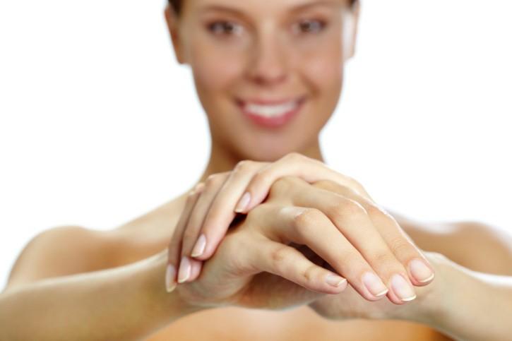 Ricetta crema mani fai da te rimedio unghie rovinate