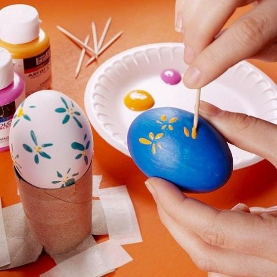 Come colorare uova sode per Pasqua