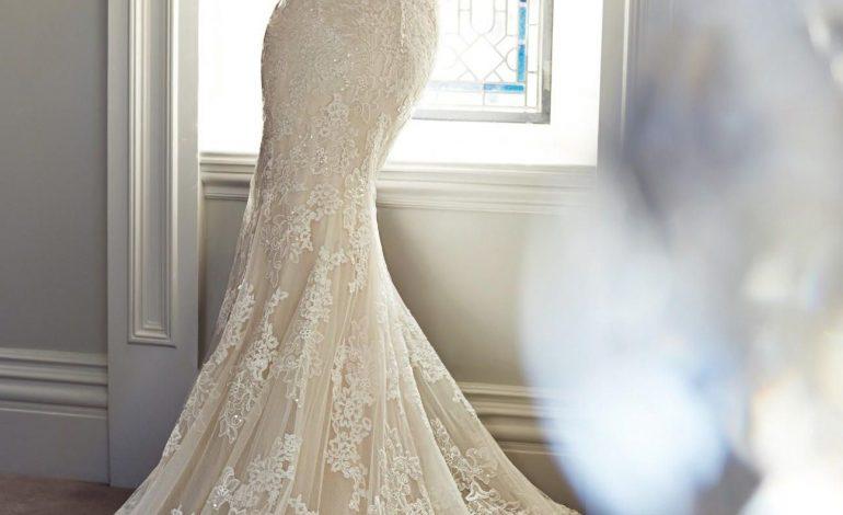Modelli famosi di abiti da sposa a sirena commenta