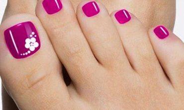 Cinque nail art piedi facili