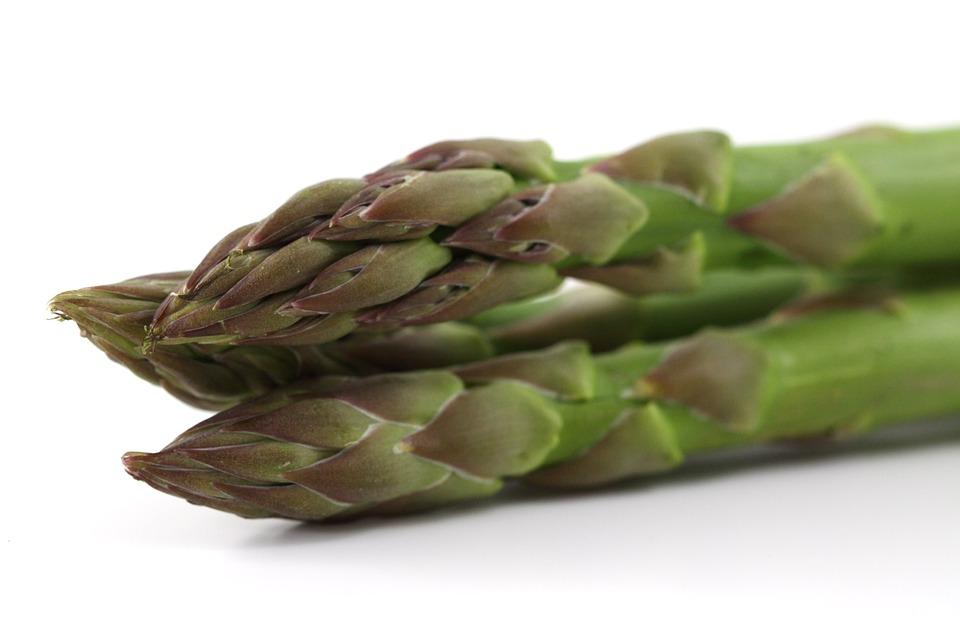 Cinque ricette con asparigi