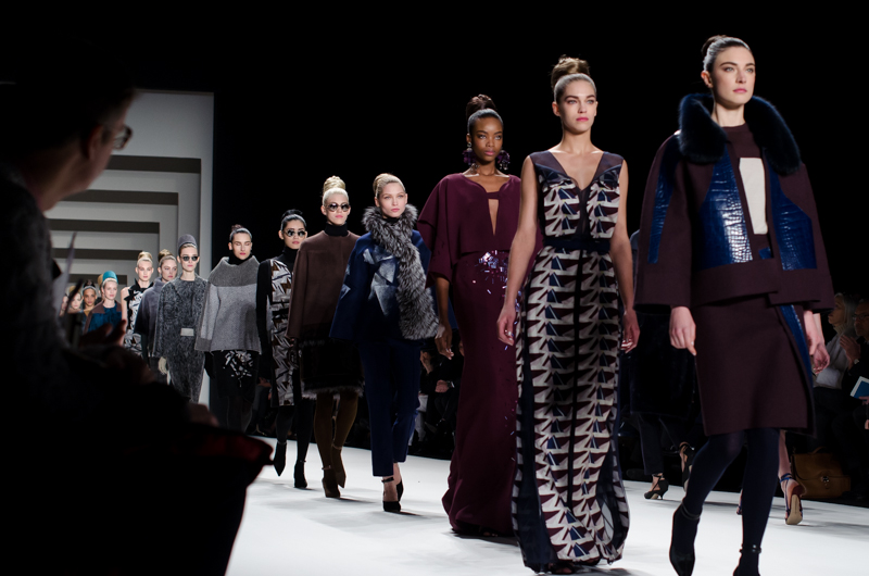 By CHRISTOPHER MACSURAK from Chicago, USA - Carolina Herrera AW14, CC BY 2.0, https://commons.wikimedia.org/w/index.php?curid=32158516
