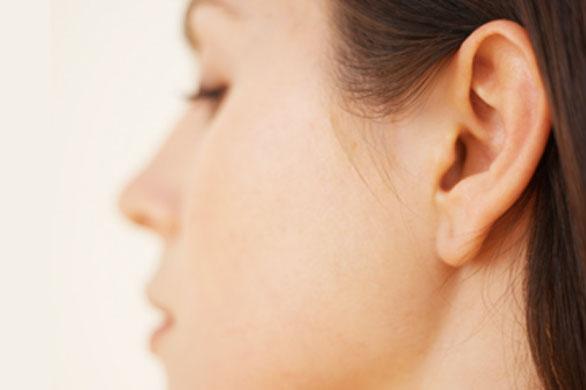 Tagli per nascondere orecchie a sventola