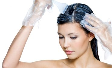 Come tingersi i capelli