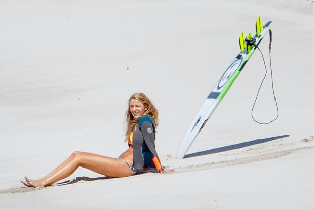 Copia lo stile surfer di Blake Lively  in 'Paradise Beach'