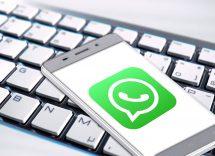 WhatsApp: ecco l'app per sbirciare le conversazioni dei contatti