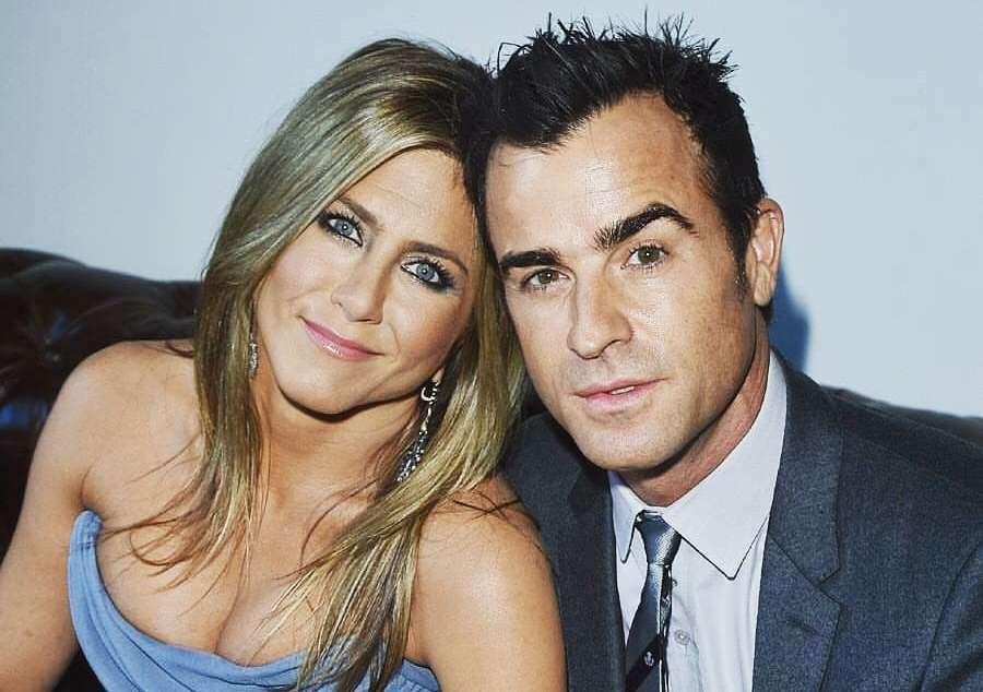 Jennifer Aniston divorzia