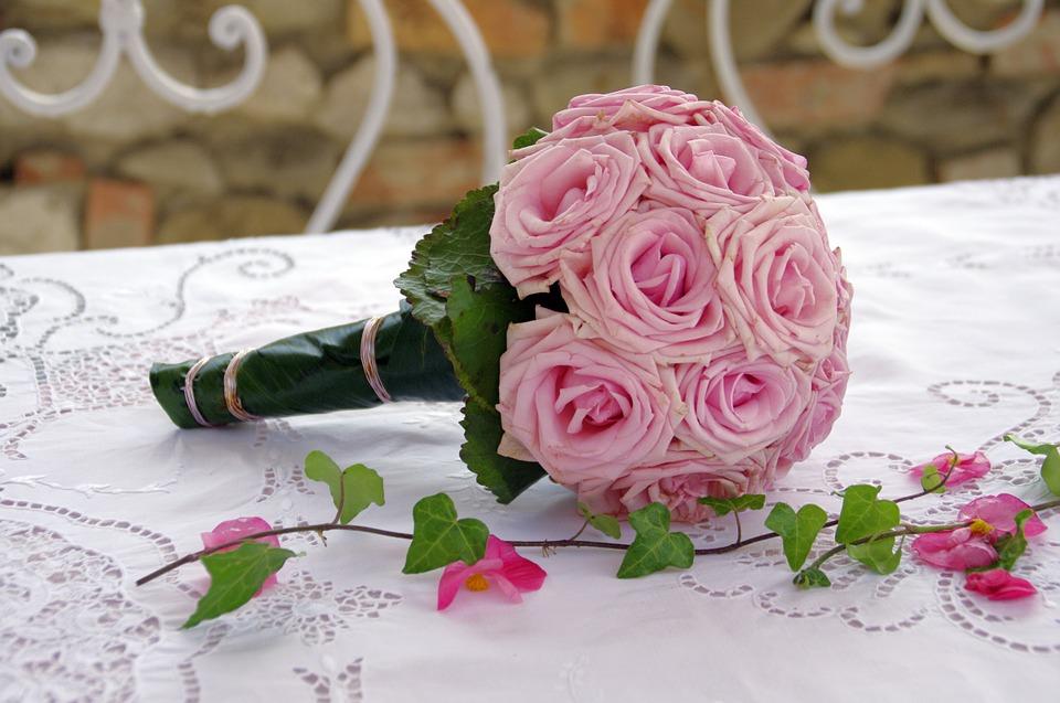 Bouquet Sposa Vero O Finto.5 Consigli Per Scegliere Il Bouquet Da Sposa