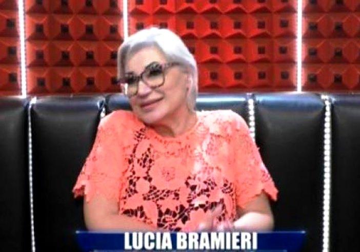 Lucia Bramieri contro Aida Nizar