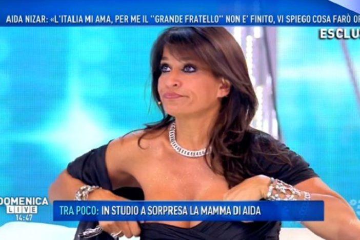 Aida Nizar contro Luigi Favoloso
