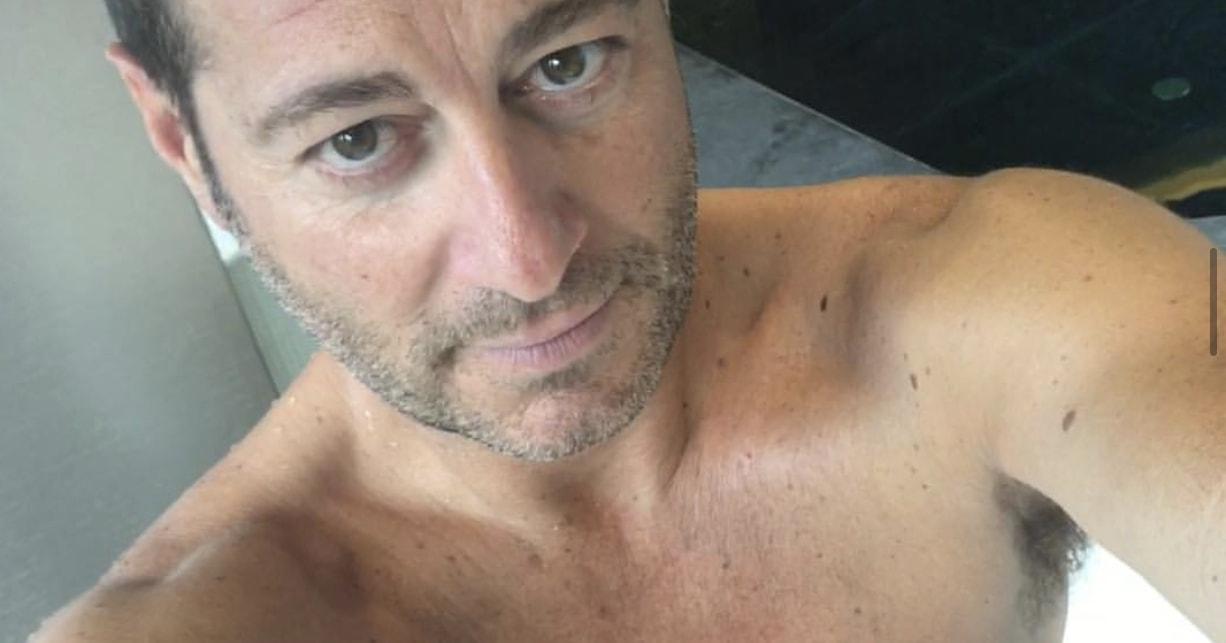 Enrico Papi Selfie