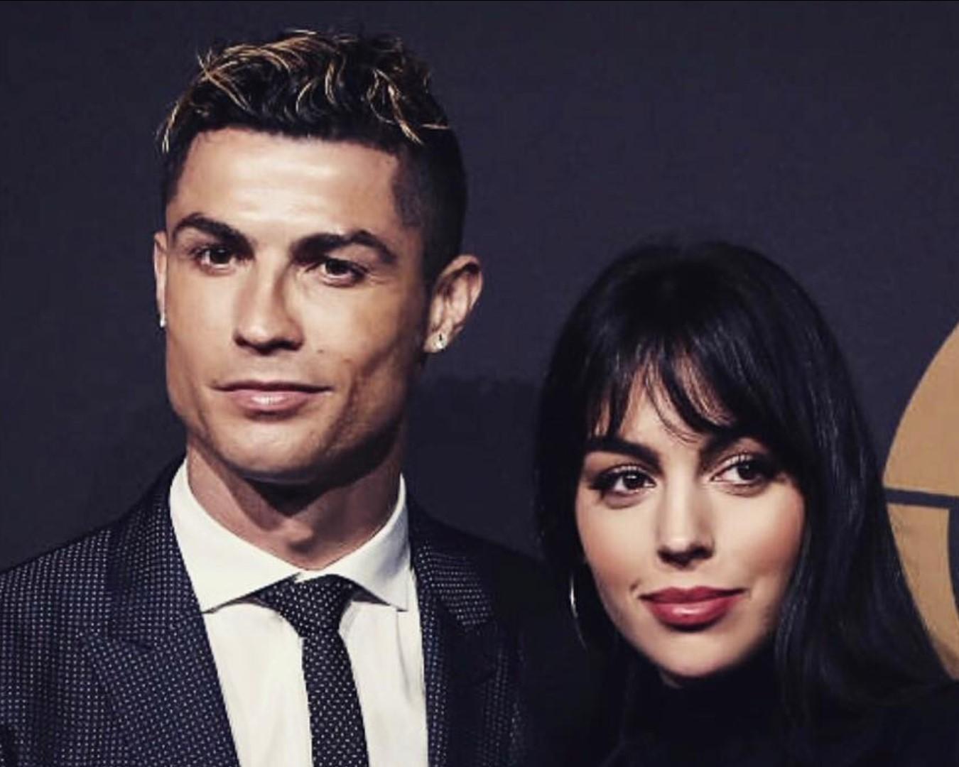 Cristiano Ronaldo e Georgina Rodriguez, gatto da 3.000 euro