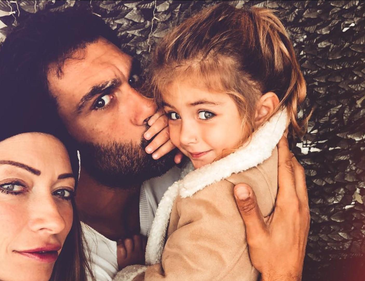 Francesco Arca e Irene Capuano genitori amorevoli con i due figli