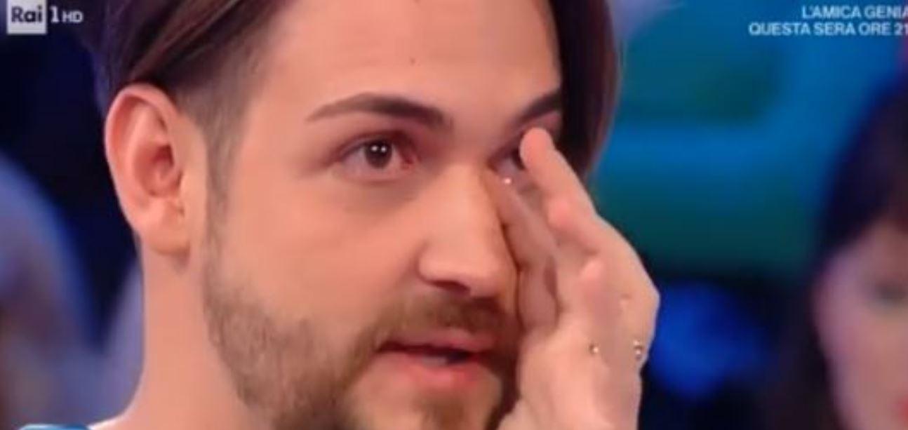 Valerio Scanu in lacrime da Caterina Balivo