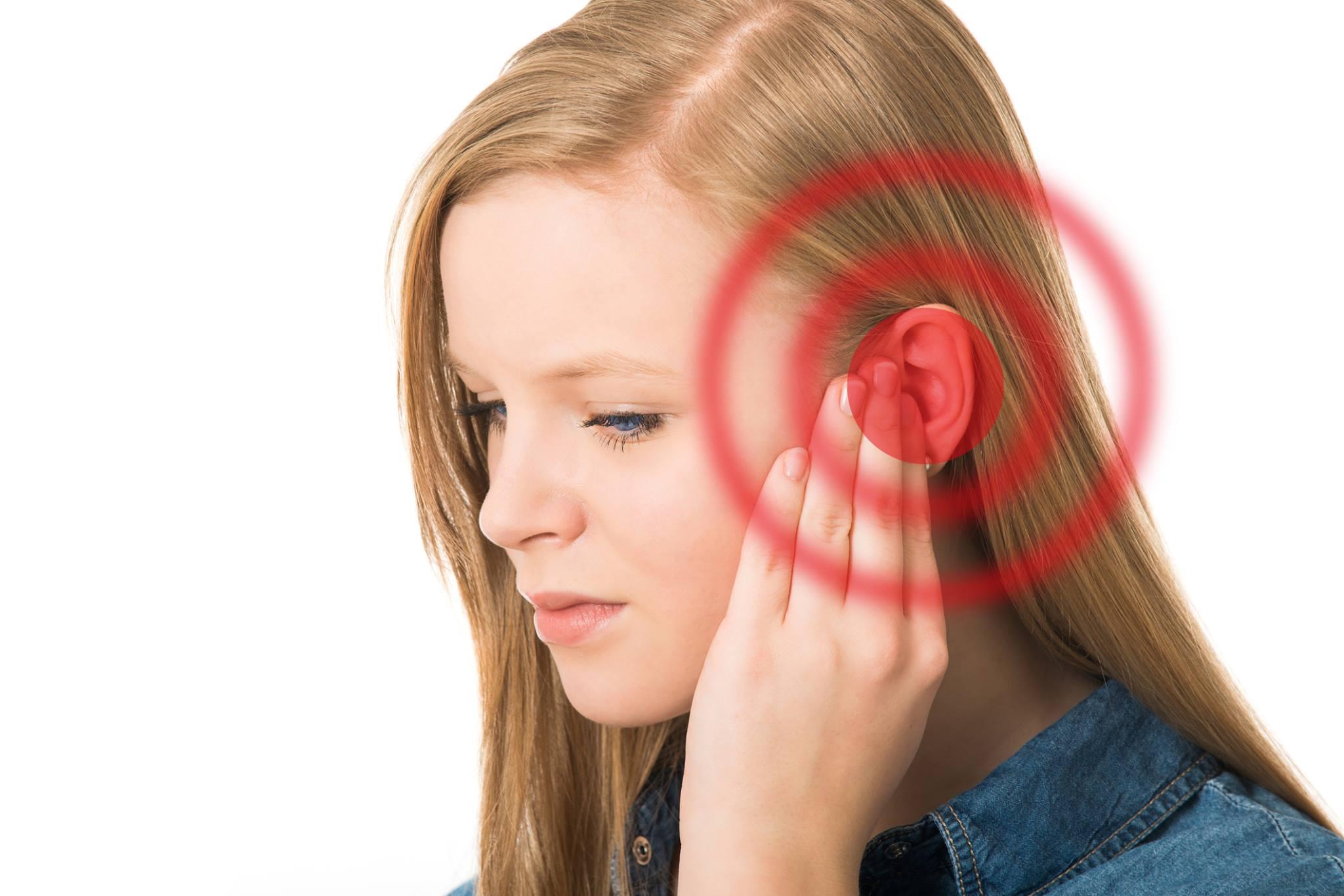 fischio orecchio