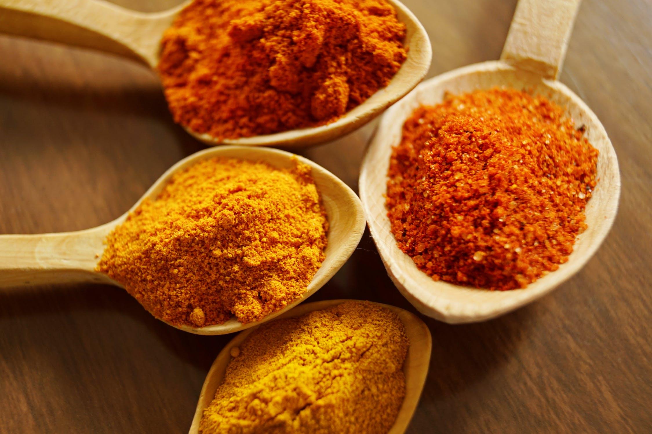 alimenti naturali che aiutano a bruciare il grasso addominale