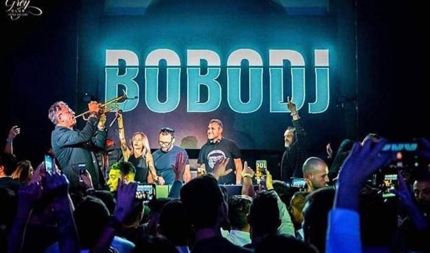 Bobo Vieri nuova canzone