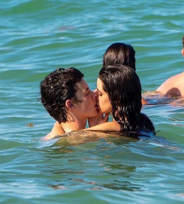 Shawn Mendez Camila Cabello bacio