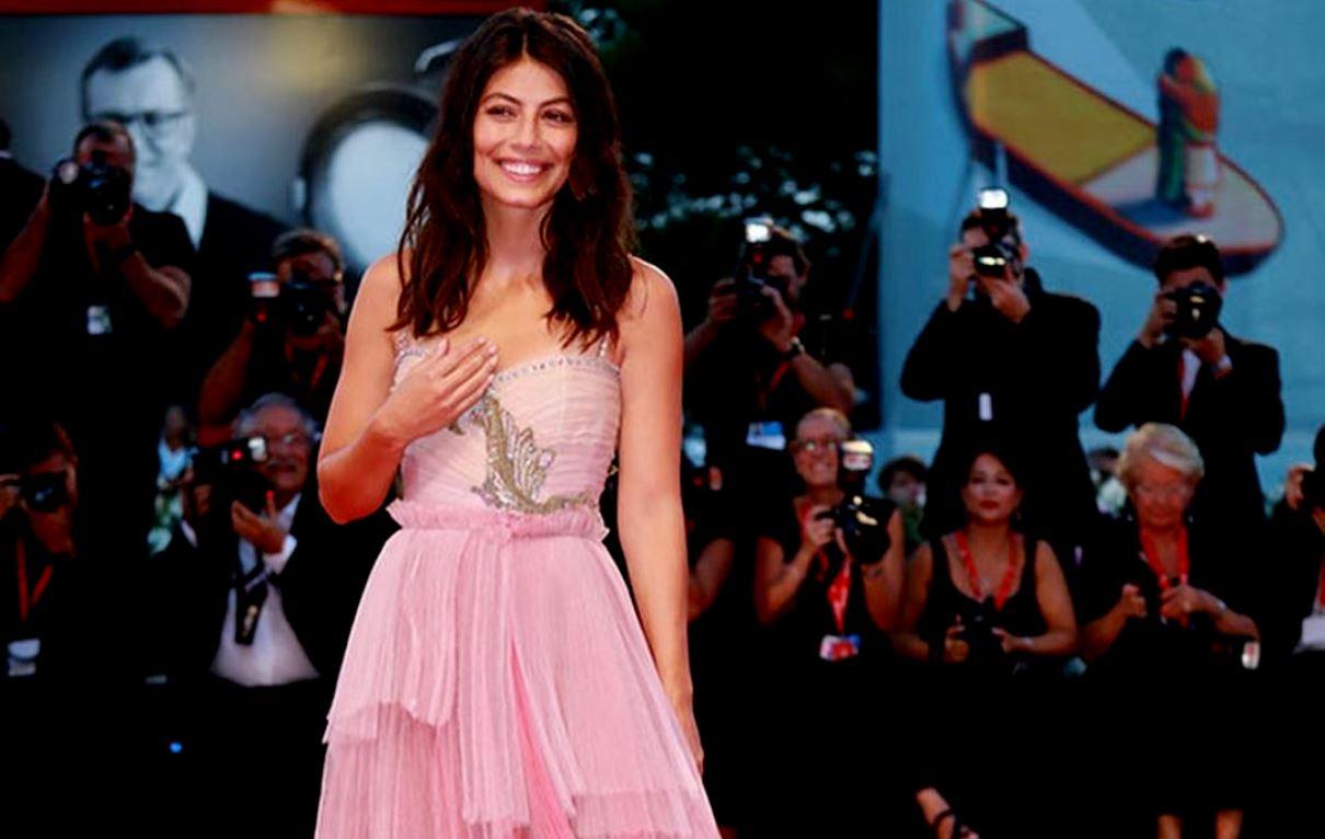 Festival di Venezia, nono giorno: look delle star sul red carpet