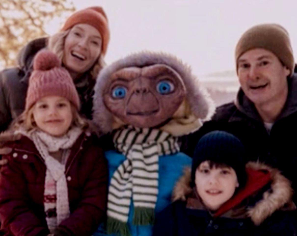 E.T spot natalizio di sky