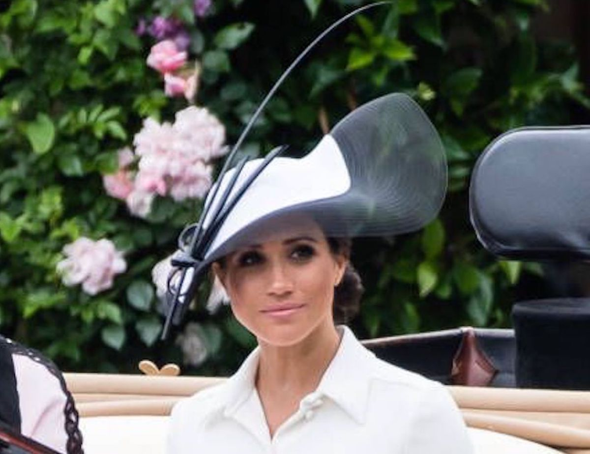 fascinator megan markle