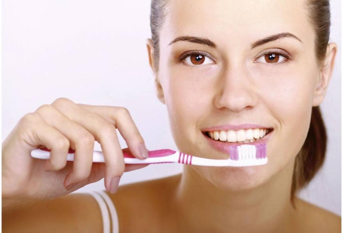 ogni quanto fare la pulizia dei denti
