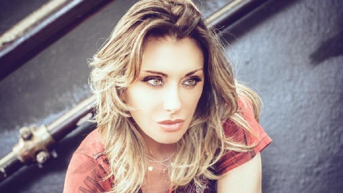 Sabrina Salerno: il look per Sanremo 2020