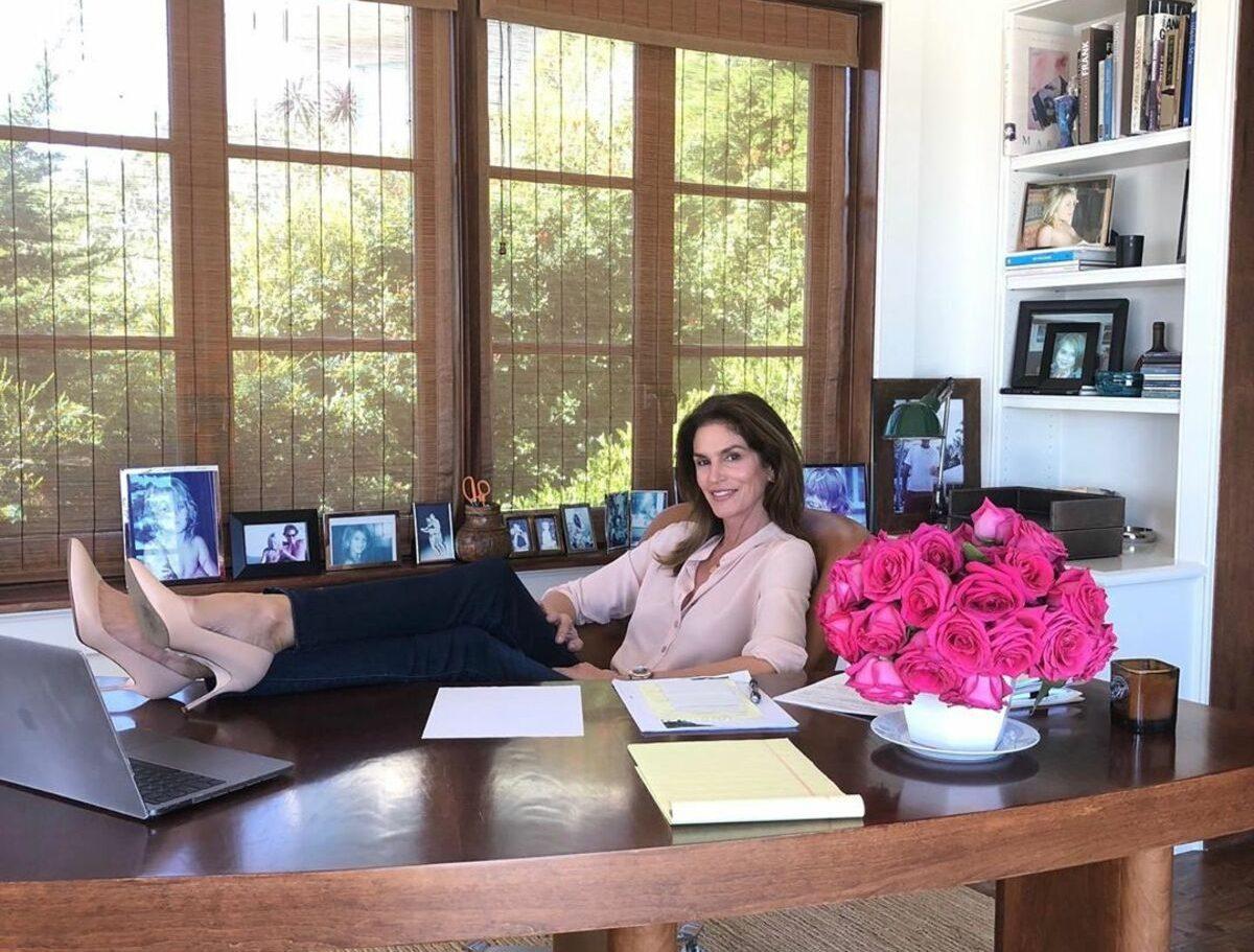 outfit smartworking cindy crawford