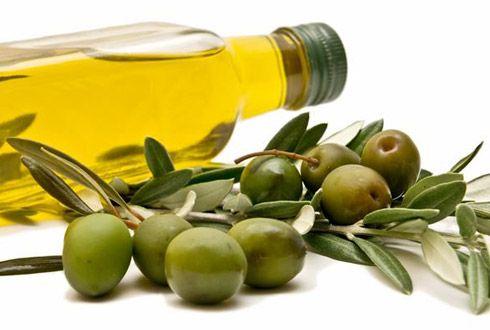 Olio d'oliva capelli secchi