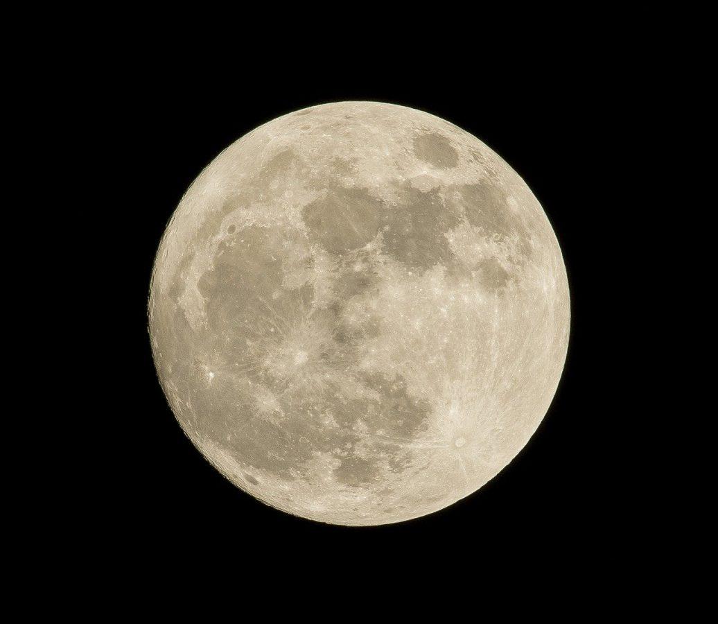 superluna aprile 2020