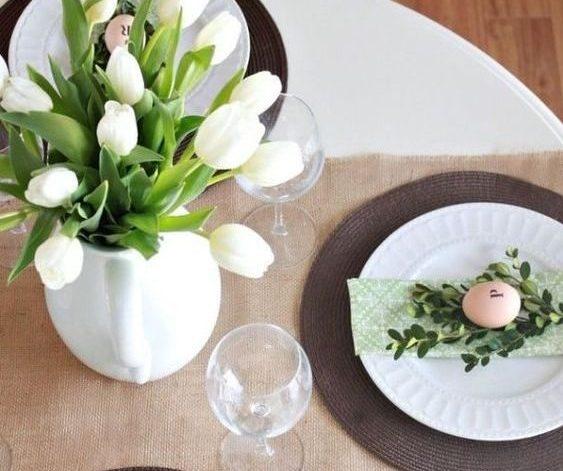 Tavola semplice fiori