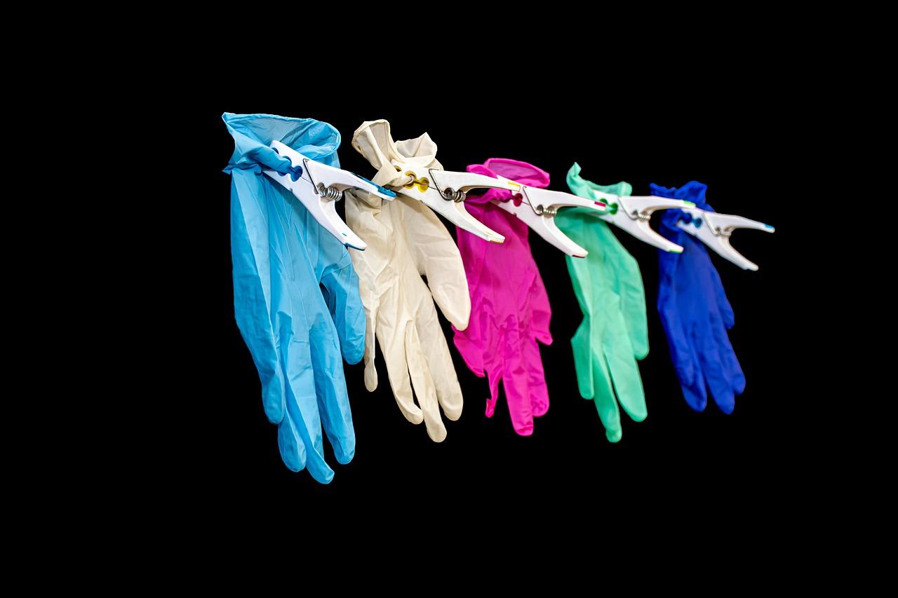 guanti mani sudate