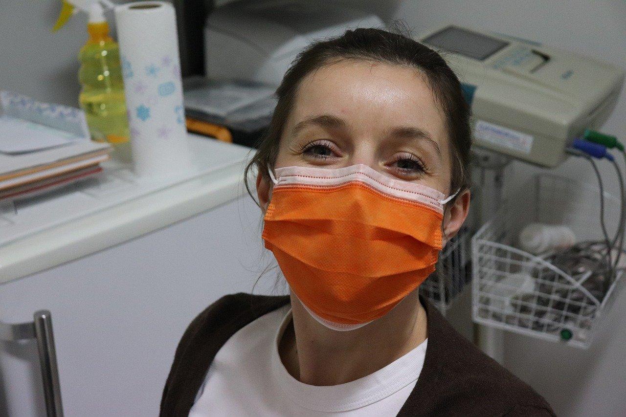 Maskne acne da mascherina