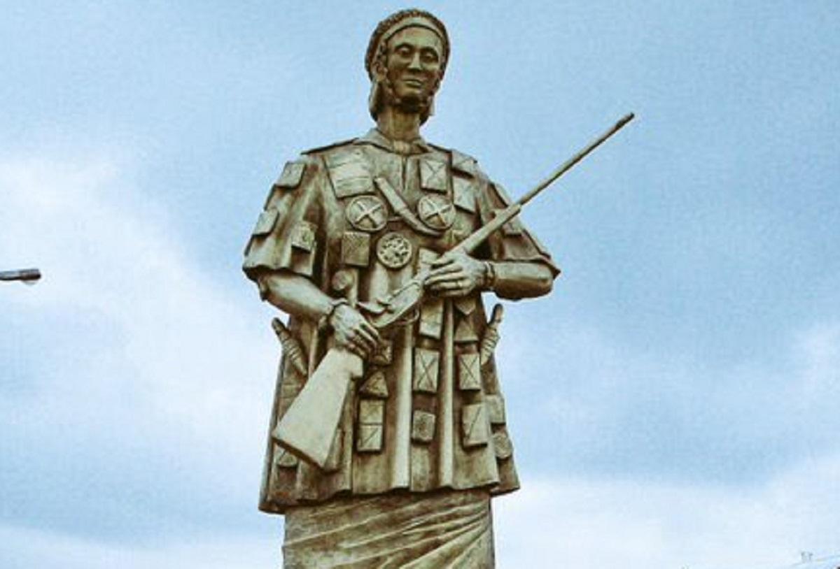 Yaa Asantewaa: chi era