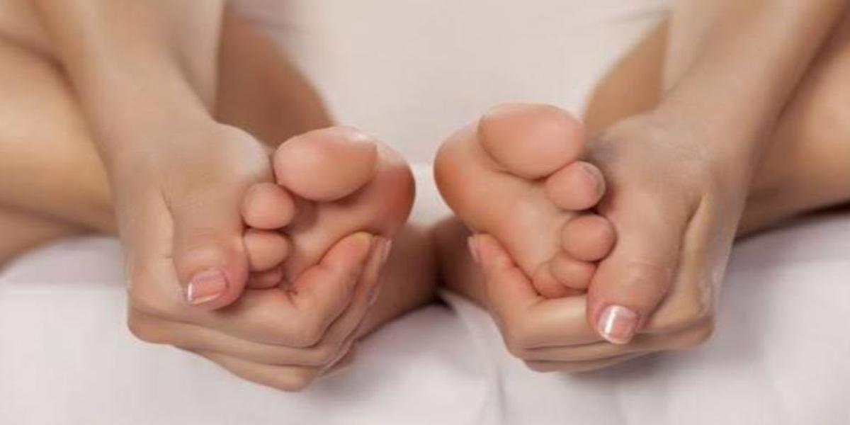 come fare un buon massaggio ai piedi