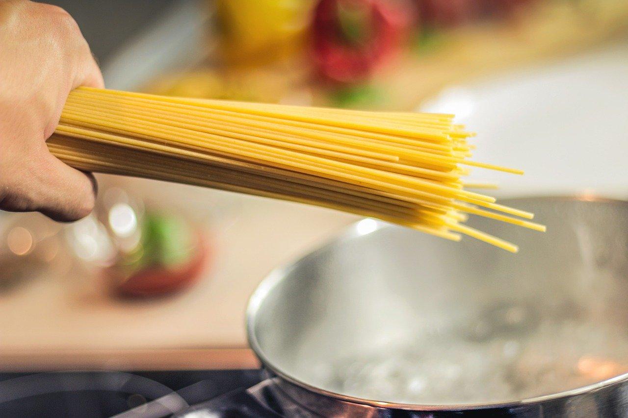 come utilizzare l'acqua di cottura della pasta
