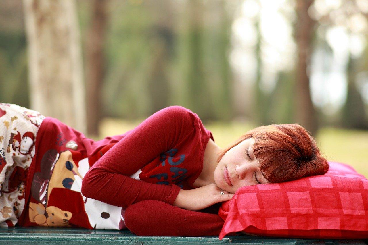 Come rilassare la mente prima di dormire