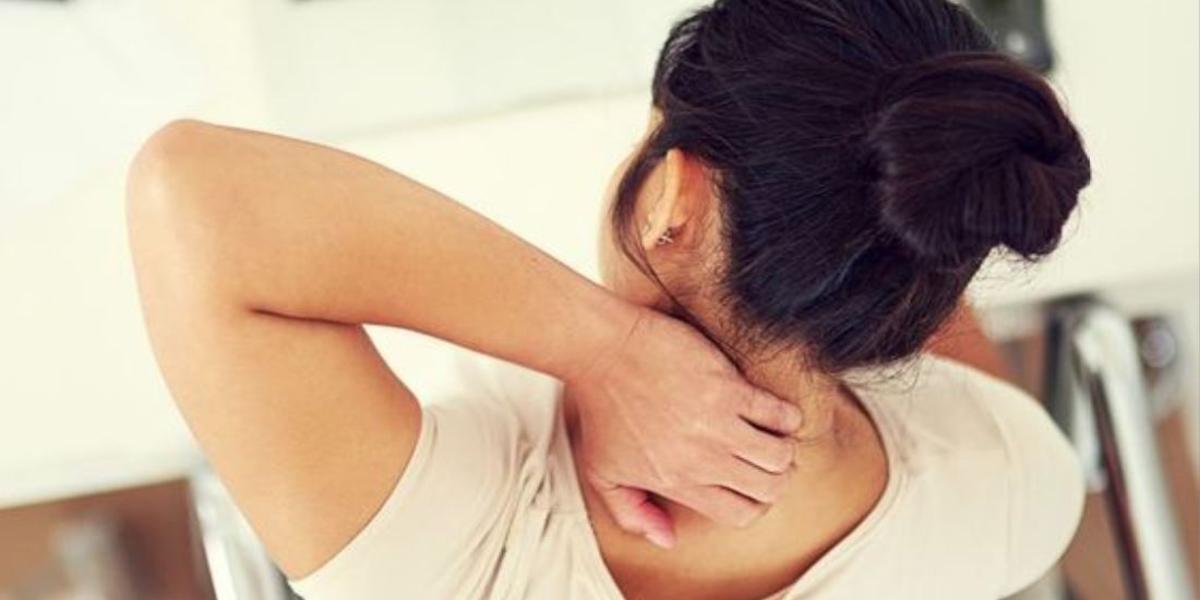 yoga cervicale posizioni