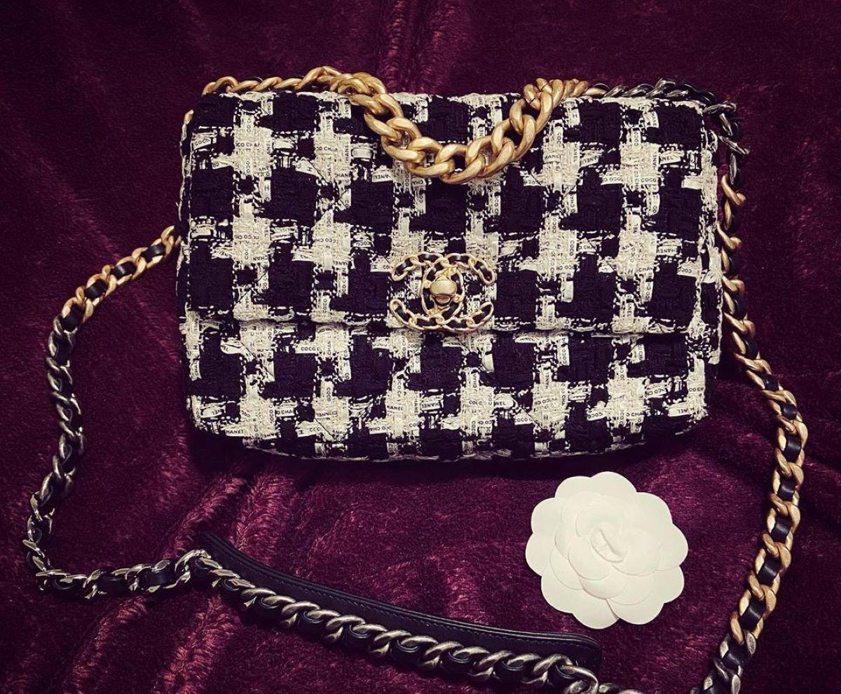 Chanel 19: la borsa, il prezzo e modelli