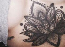 tatuaggi sotto il seno