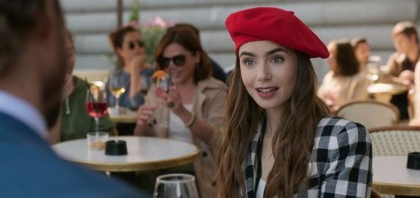 emily in paris lily collins look