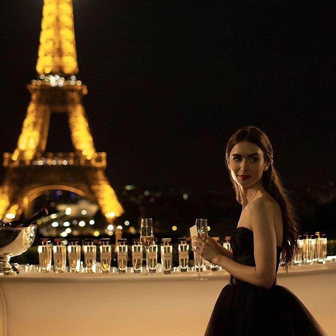 emily in paris look