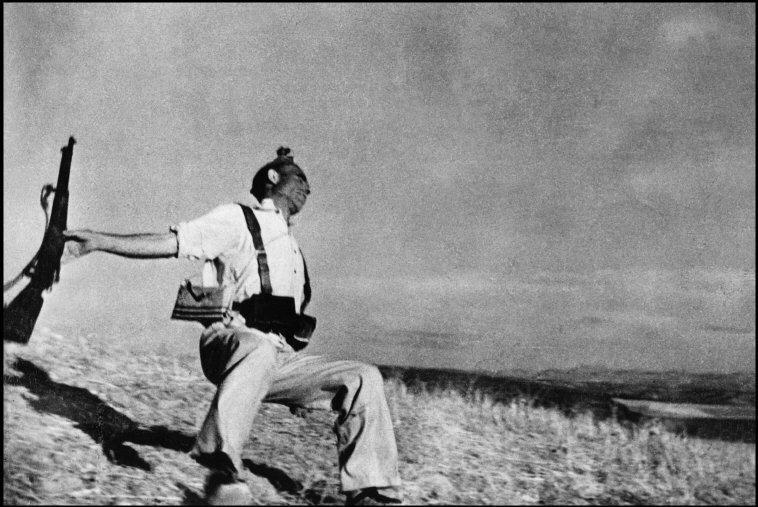 Chi era Robert Capa