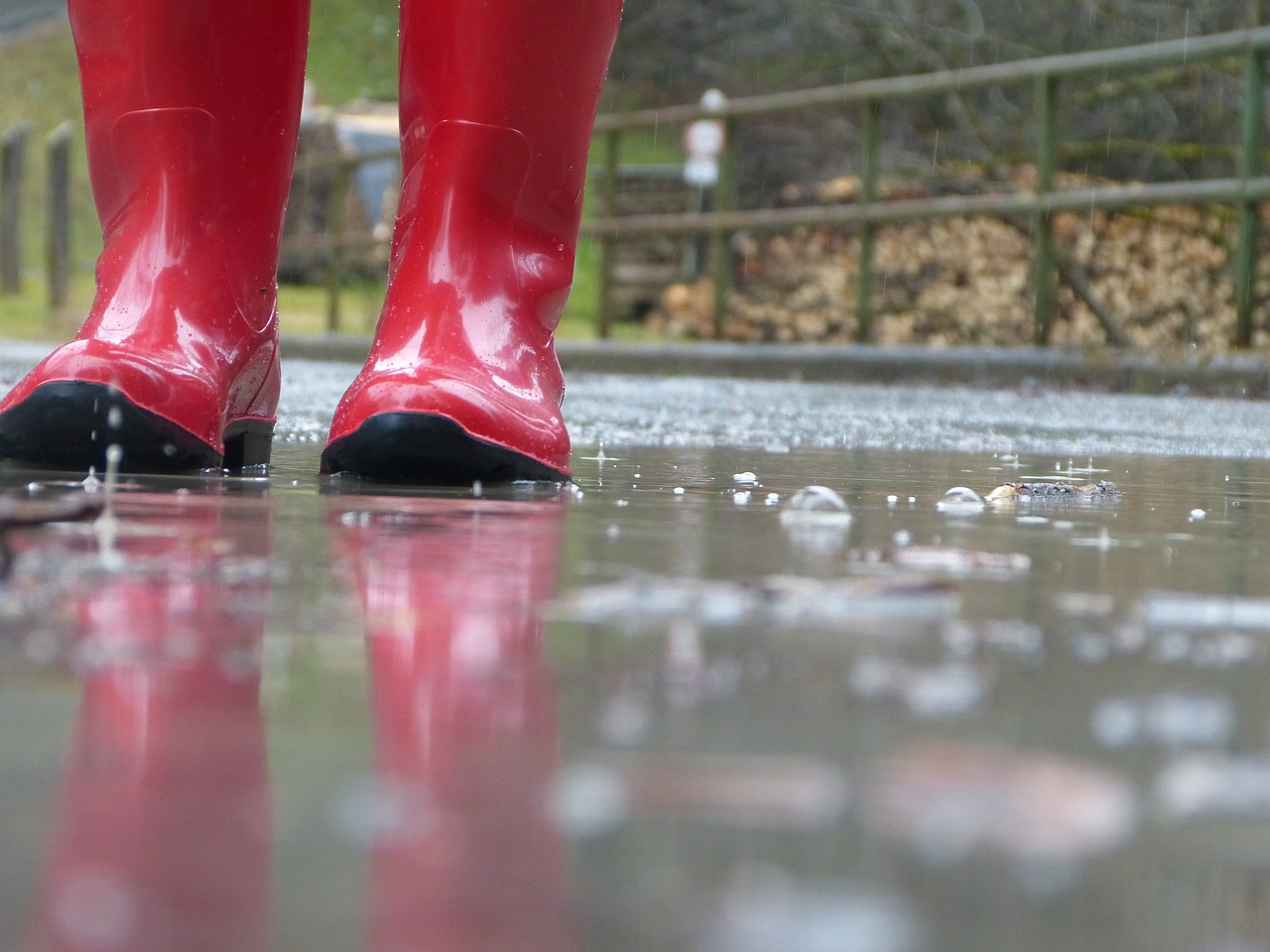 Stivali da pioggia: i must have di tendenza