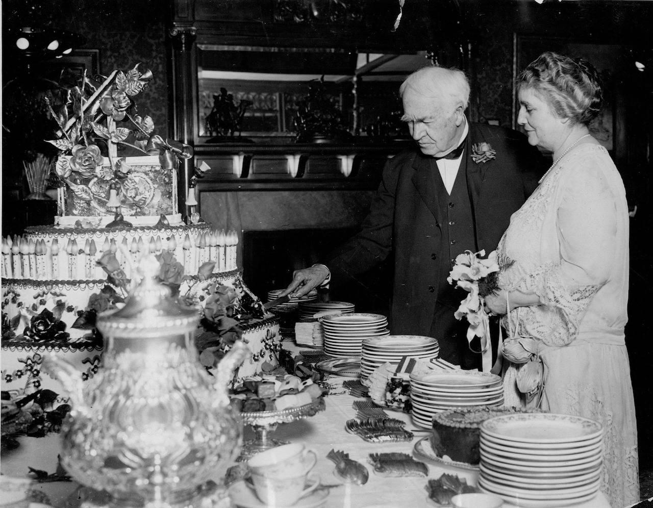 Thomas Edison chi era